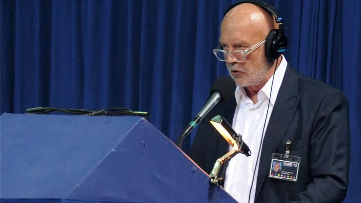 Swiss-Indoors-Speaker Christoph Schwegler bei der Arbeit am Sprecherpult.Uwe Zinke