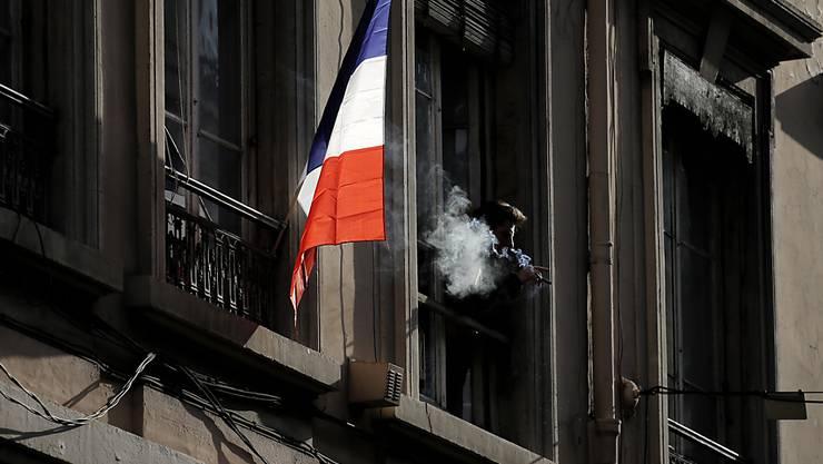 Frankreich nahm zwei frühere Agenten seines Auslandsgeheimdienstes fest. (Symbolbild)