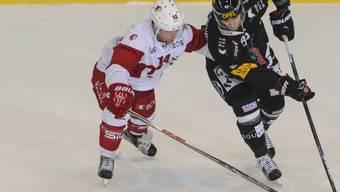 Ralph Stalder (links) wechselt auf die nächste Saison hin zu Fribourg-Gottéron