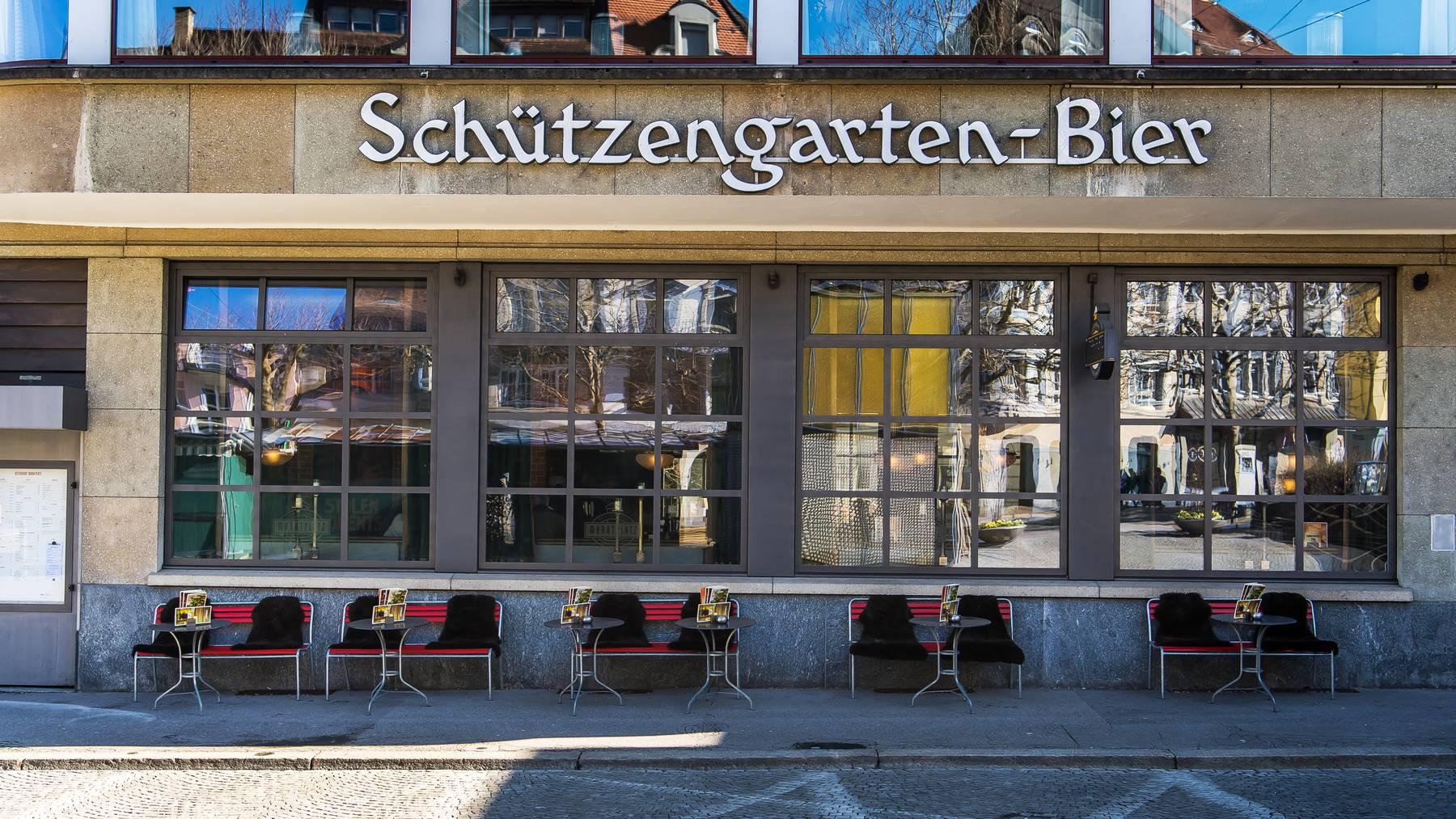 In der ganzen Schweiz bleiben zahlreiche Geschäfte und Gastrobetriebe geschlossen.