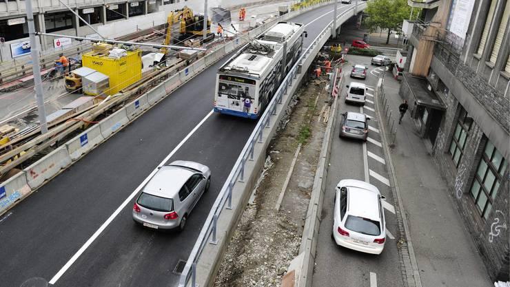 Bald soll eine Tramlinie als Verlängerung der Linie 8 vom Hardplatz bis zum Escher-Wyss-Platz führen (Archivbild).