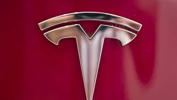 Die Turbulenzen bei Tesla gehen weiter: Hat Elon Musk die nötigen Mittel für den Börsenrückzug? (Archivbild)