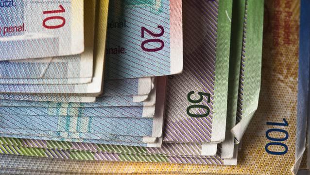 Seit Ende 2014 sind die Schulden der Gemeinde von 67 auf über 80 Millionen Franken gestiegen. (Symbolbild)