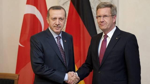 Türkischer Premier Erdogan (l.) mit dem deutschen Bundespräsidenten Wulff