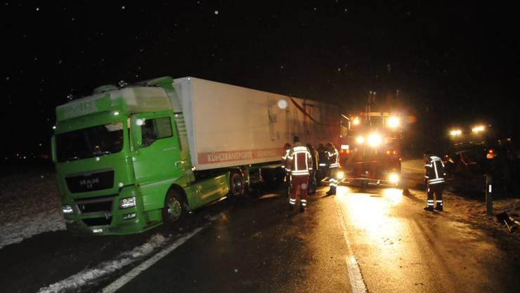 Dem Chauffeur rutschte am Dienstagnachmittag das Fahrzeug «unter dem Hintern» weg.