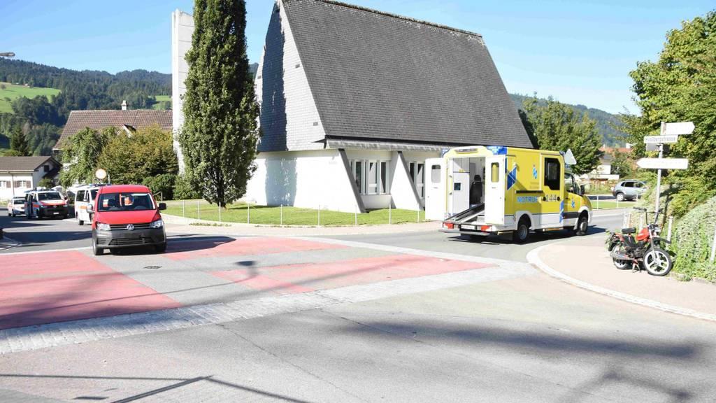 18-jährige Mofa-Fahrerin von Auto gerammt