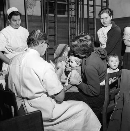 In früheren Krisenzeiten wurden in der Schweiz auch Zwangsimpfungen diskutiert.