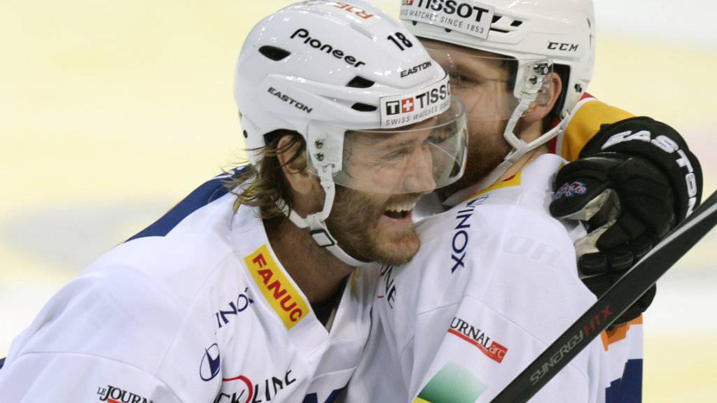 Stürmt zumindest bis Saisonende für den HC Davos: Ahren Spylo (links, im Dress des EHC Biel)