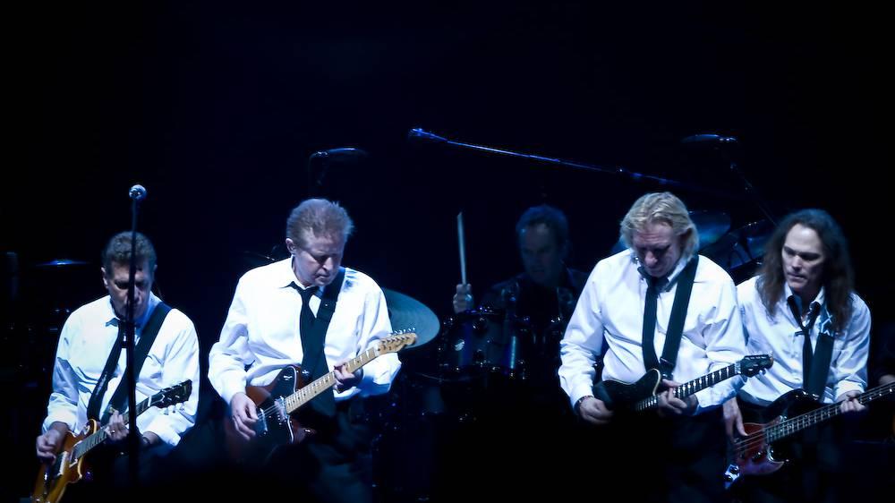 Rock meets Classic: Don Felder (ex-The Eagles), Steve Lukather (TOTO), Mick Box & Bernie Shaw (Uriah Heep), u.v.m.