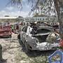 Mindestens acht Tote und zehn Verletzte hat ein Bombenattentat in der somalischen Hauptstadt Mogadischu gefordert.