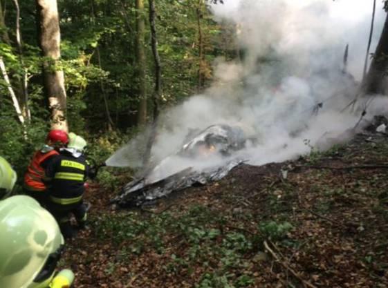 Crash am slowakischen Himmel Flugzeuge kollidieren und stürzen ab – mindestens 7 Tote