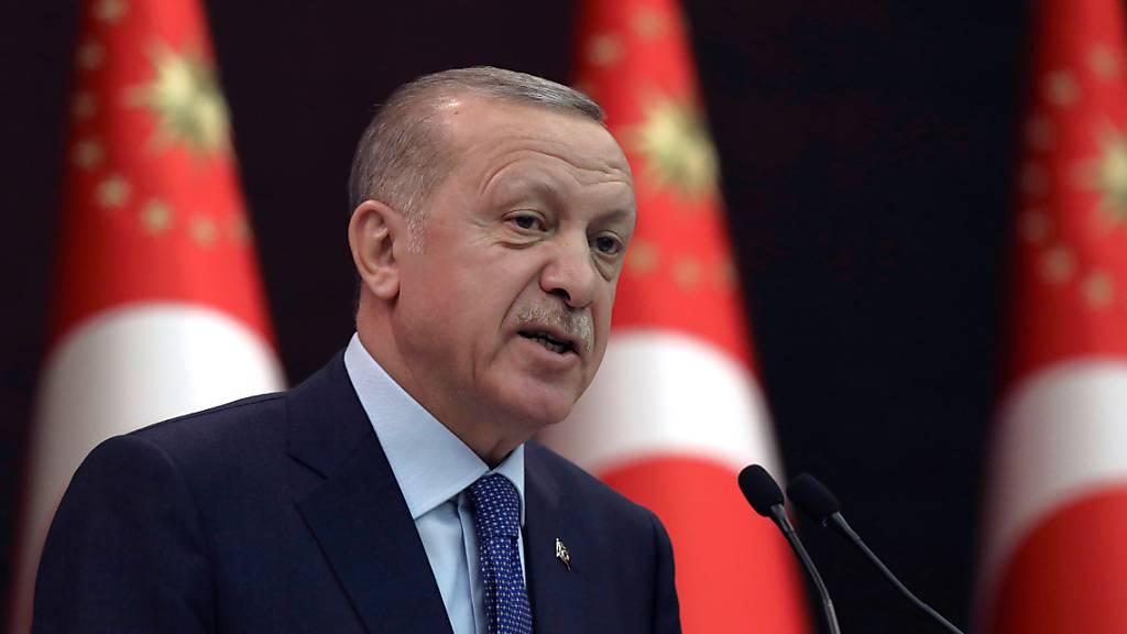 Erdogan kritisiert Bidens Anerkennung des Völkermords an Armeniern