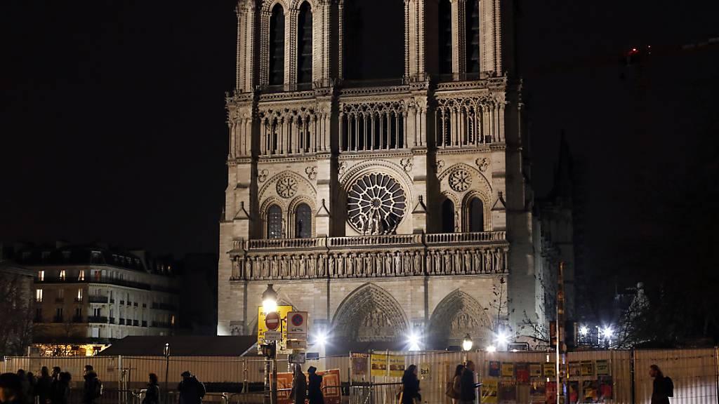 Katholiken feiern Weihnachtsmesse nicht in Notre-Dame