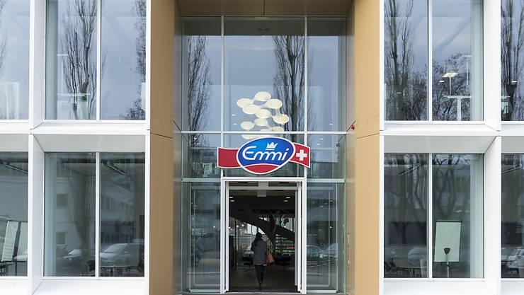 Emmi will in Luzern testen, wie ein eigener Take-Away-Laden für das Marketing von  Jogurtprodukten ankommt. Im Bild der Emmi-Hauptsitz in Luzern.