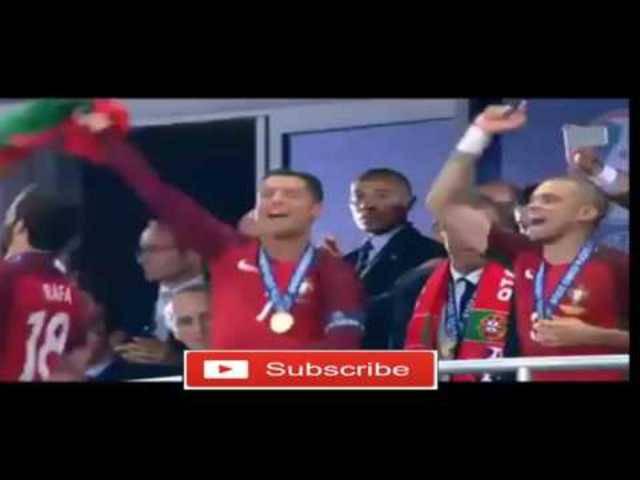 Cristiano und Pepe feiern den Europameistertitel Portugals