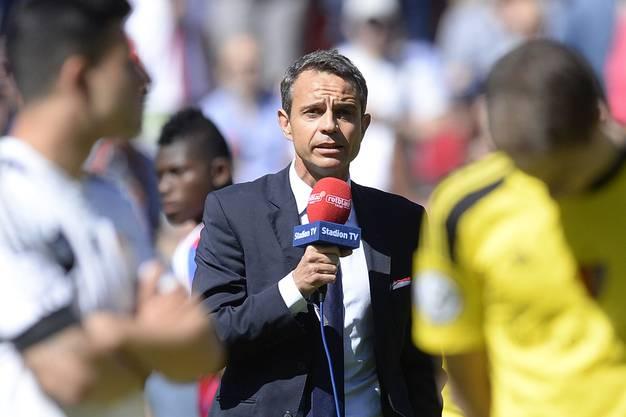 Es ist Mai 2014, eben sichert sich der FCB seinen fünften Titel in Serie. Aber wieder gibt es Randale – diesmal in Aarau. Heusler greift zum Mikrofon und setzt zur flammenden Rede an. Gegen Populisten und all jene, die dem Ruf des Vereins schaden.