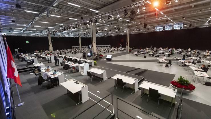 Dieses Bild gibt es bald nicht mehr: Der Nationalrat tagt in der Bernexpo.