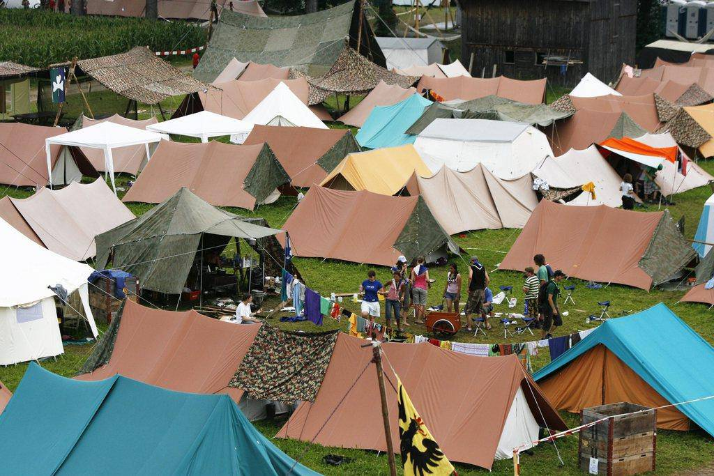 Bis dahin laufen im Oberthurgau noch Gespräche mit den Grundeigentümern, auf deren Land die Zelte aufgeschlagen werden würden. (© Keystone Steffen Schmidt)