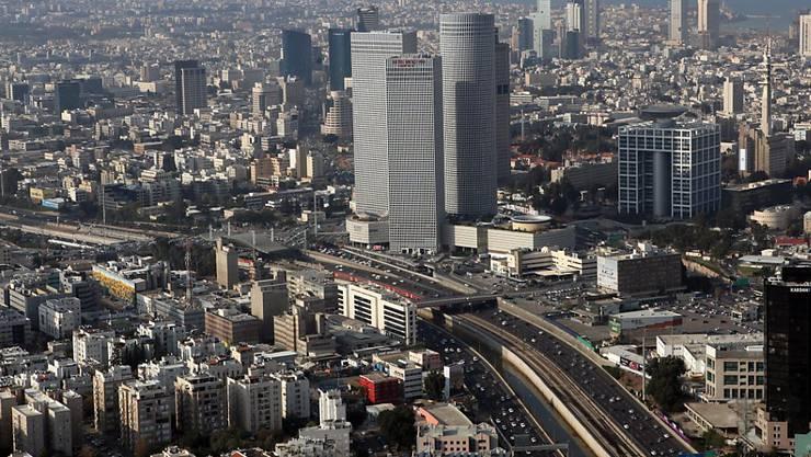 Mehr Flüge nach Tel Aviv bringt der Stadt und dem Land Israel mehr Touristen. (Symbolbild)