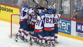 Die Slowaken bejubeln ihren Sieg über den grossen Bruder Tschechien