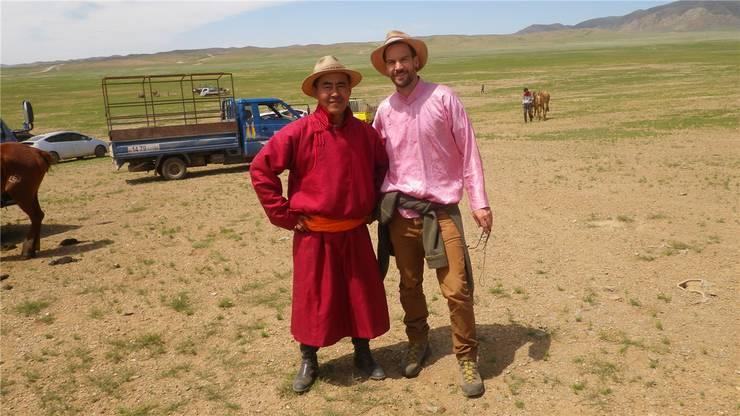 Teilten einen Monat lang den Alltag: Nomade Gana und Stefan Treier.
