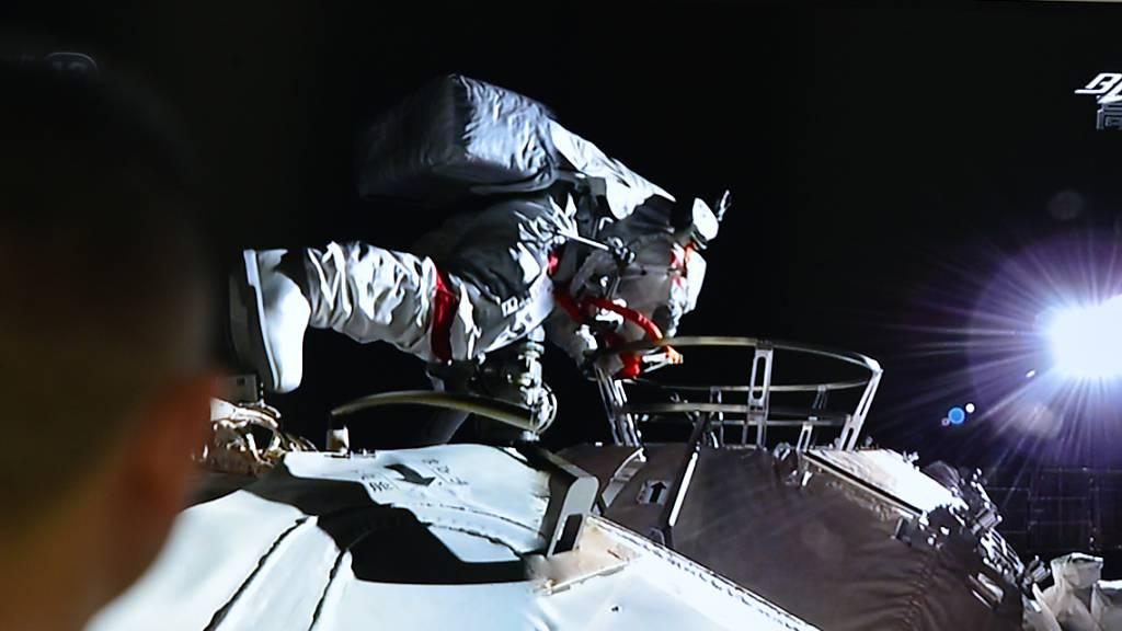 Erster Weltraumspaziergang an Chinas neuer Raumstation
