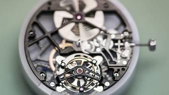Konsumentinnen und Konsumenten sind laut Studien bereit, für eine Schweizer Uhr bis zu 20 Prozent, bei gewissen mechanischen Uhren sogar bis zu 50 Prozent mehr zu bezahlen. (Symbolbild)
