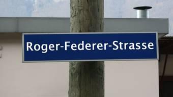 Roger Federer könnte schon bald auf einem solchen Strassenschild verewigt sein