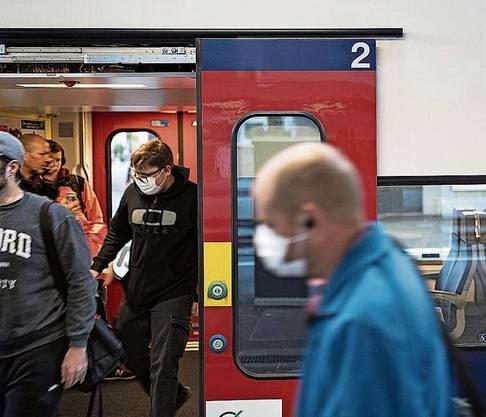 Die SBB verzeichnen seit gestern wieder mehr Passagiere.