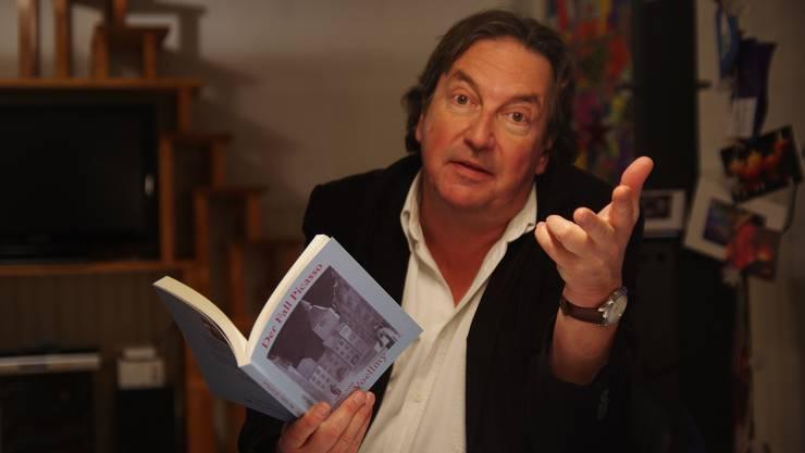 """Peter Voellmy liest aus seinem neuen Roman """"Der Heilige Thomas von Aarau""""."""
