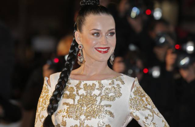 Katy Perry bei der Ankunft in Cannes