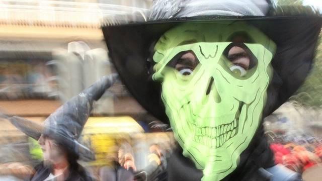 Buntes und weniger buntes Treiben an Halloween (Archiv)