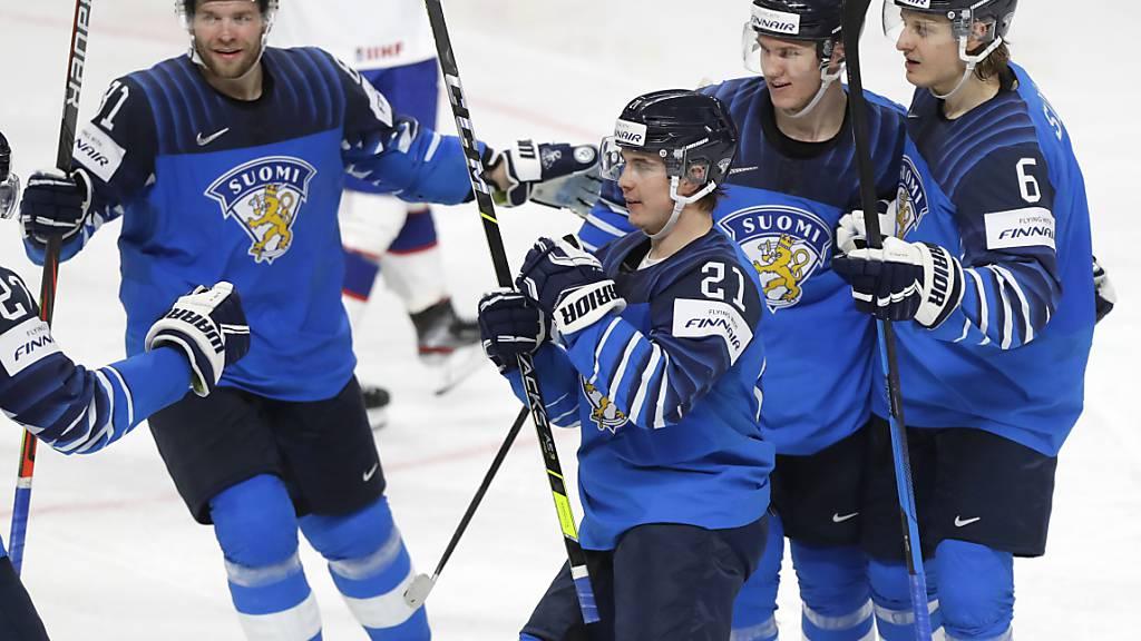 Finnland weiter - Tschechien erfüllt Pflicht