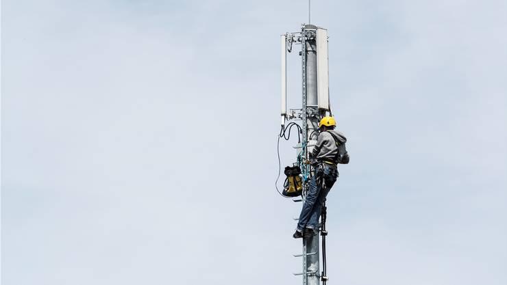 Mit dem Antennensuchlauf, kann geschaut werden, welche Handys zu einem bestimmten Zeitpunkt in einer Funkzelle aktiv waren.