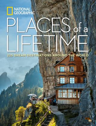 Dieses Foto der Bergbeiz Äscher macht nicht nur den Ort selber, sondern auch den Ostschweizer Fotografen Peter Böhi berühmt. Sein Bild ziert den Titel des National Geographic-Buches «Places of a Lifetime». Das Buch kommt am 27.Oktober in den Handel.