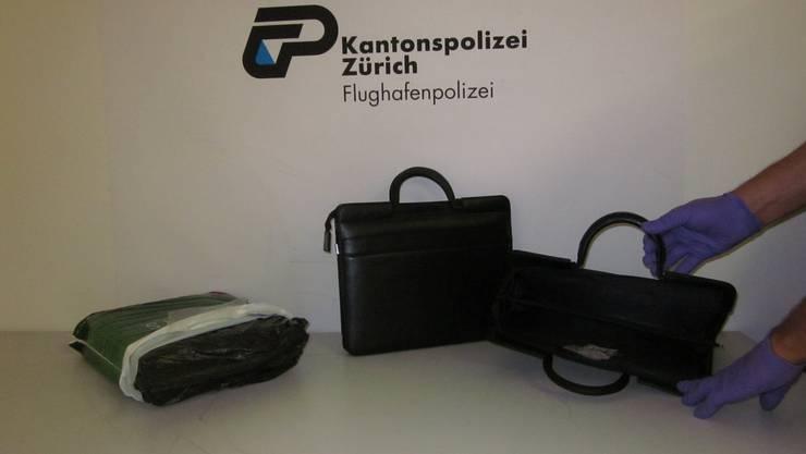 Die Polizei entdeckte in mehreren Aktenmappen und einem Koffer 6 Kilogramm Kokain.