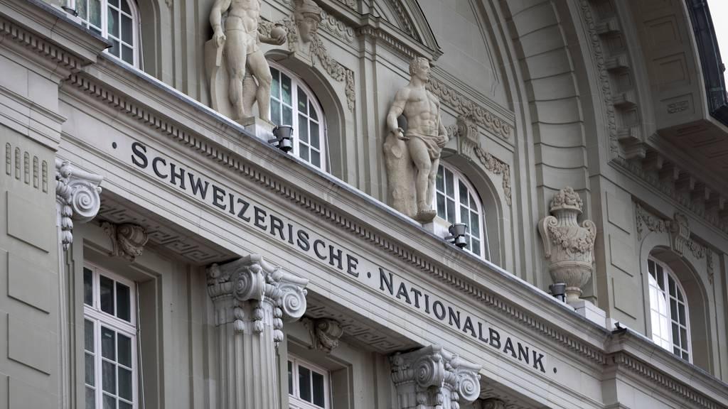 Schweizer Volkswirtschaft nimmt 10 Milliarden mehr ein als sie ausgibt