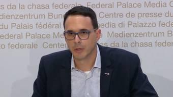 Stefan Kuster vom BAG informiert am Freitagnachmittag über die aktuelle Coronavirus-Lage in der Schweiz.