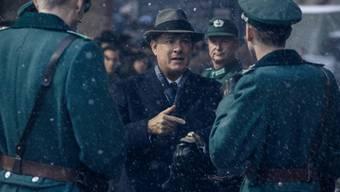 """Tom Hanks (M) in einer Winterszene aus """"Bridge of Spies"""" (Archiv)."""
