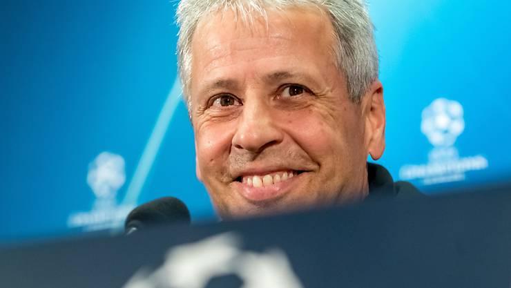 Noch kann Lucien Favre auf das volle Vertrauen der BVB-Klubleitung abstützen