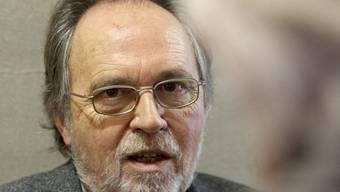 Dick Marty kommt in seinem Bericht zum Schluss, dass persönliche Feindschaften die Schwyzer Justizaffäre eskalieren liessen (Archiv)