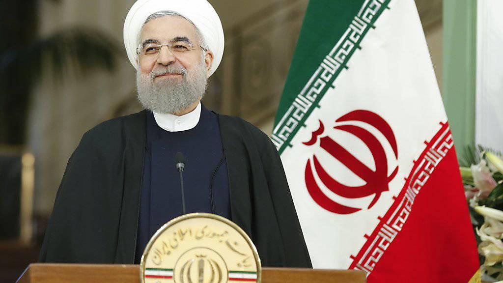 Irans Präsident Hassan Ruhani kritisiert Trumps Mauerbau-Pläne. (Archiv)