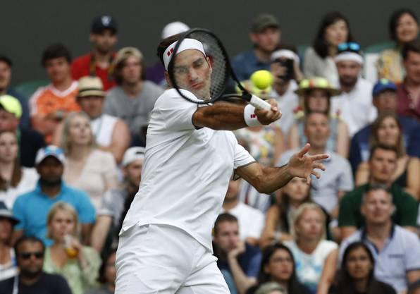 Der dritte Satz folgt der gleichen Linie wie seine zwei Vorgänger. Federer überzeugt, Youngster Berrettini enttäuscht komplett.