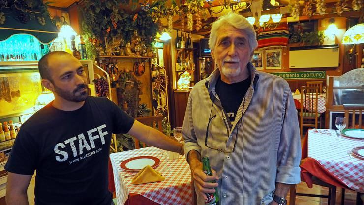 Vater und Sohn, beide heissen mit Vornamen Omar. Omar der ältere nennt sich Gringo Viejo - der alte Gringo.