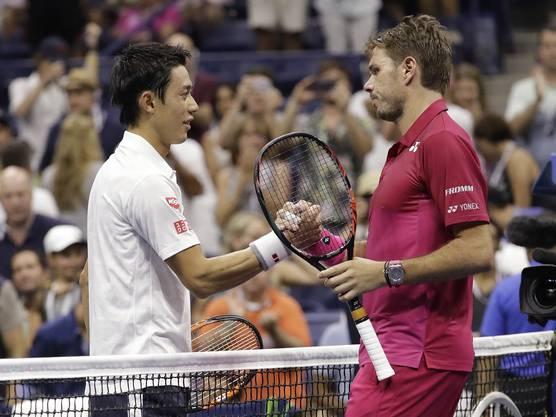 Handshake nach dem Spiel: Die beiden trennten sich nach gut drei Stunden mit 4:6, 7:5, 6:4, 6:2
