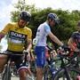 Nicht Peter Sagan (links), sonder der Italiener Elia Viviani erwies sich in der Sprintankunft in Arlesheim als stärkster Fahrer