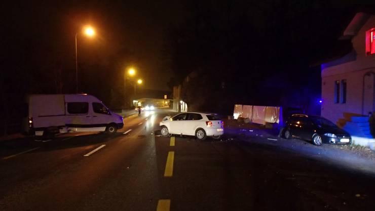 Ein 20-jähriger Neulenker nickte in Aarburg auf der Oltenerstrasse ein.