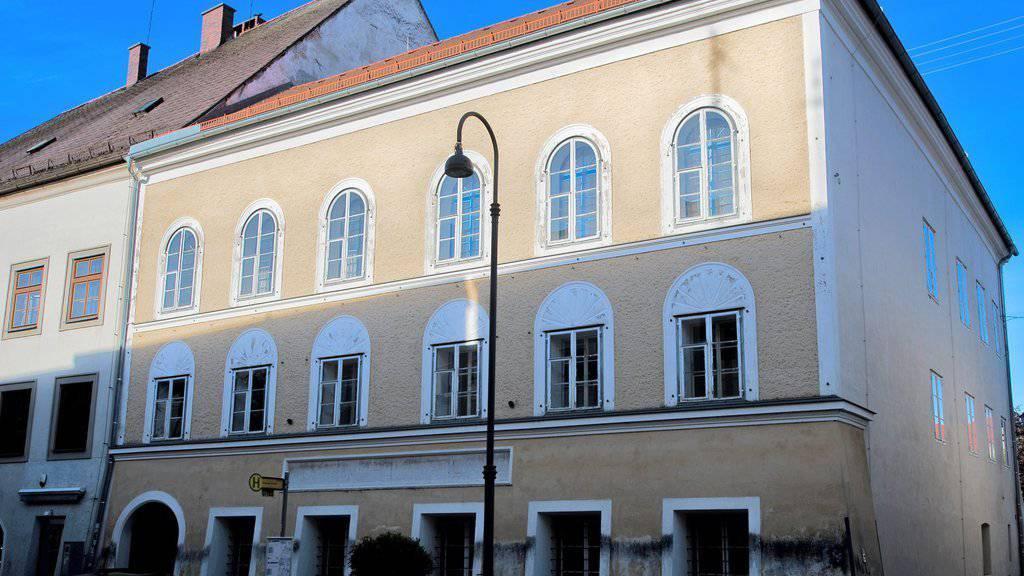 Das Geburtshaus von Adolf Hitler in Braunau gehört nun der Republik Österreich. (Archiv)