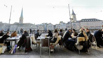 Es wird auch in Zukunft mehr Männer als Frauen in der Stadt Zürich haben.