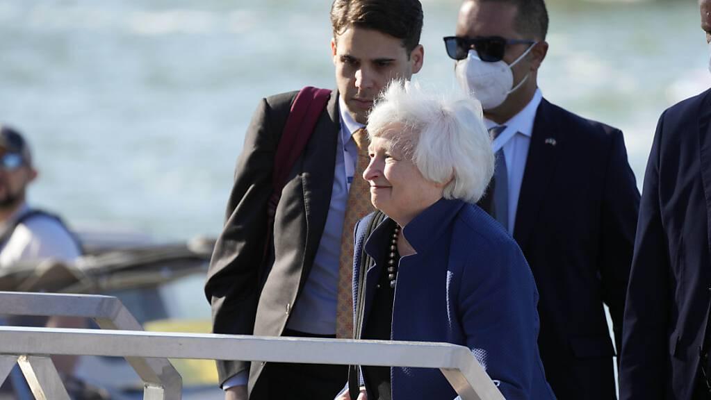 US-Finanzministerin Janet Yellen kommt zum G20-Gipfel der Wirtschafts- und Finanzminister in Venedig. Foto: Luca Bruno/AP/dpa